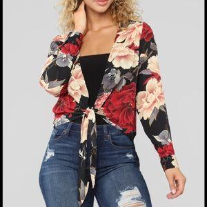 Fashion Nova Floral tip. Never worn.